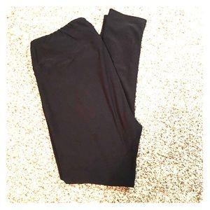 Black tc Lularoe leggings